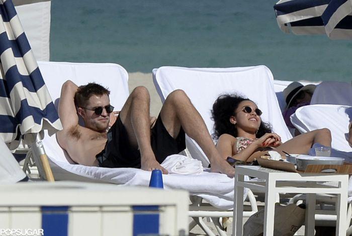 Robert-Pattinson-FKA-Twigs-Bikini-Miami