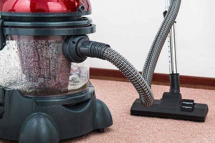 aspirator care functioneaza cu apa