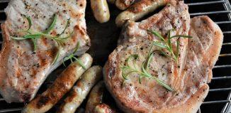 carne la gratar carnati si ceafa de porc