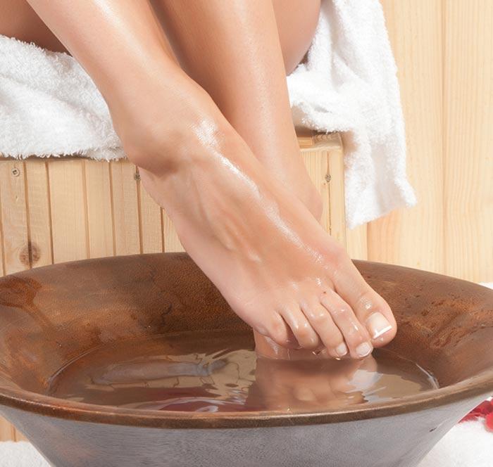Remedii naturiste pentru picioare umflate