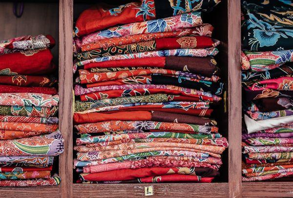 haine colorate si impaturite